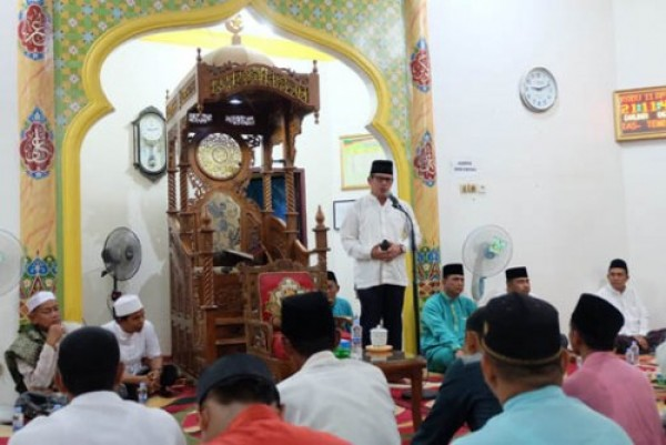 Diwakili Kabag Kesra, Pjs Bupati Inhil Hadiri Isra' Mi'raj di Masjid Miftahul Jannah, Tembilahan
