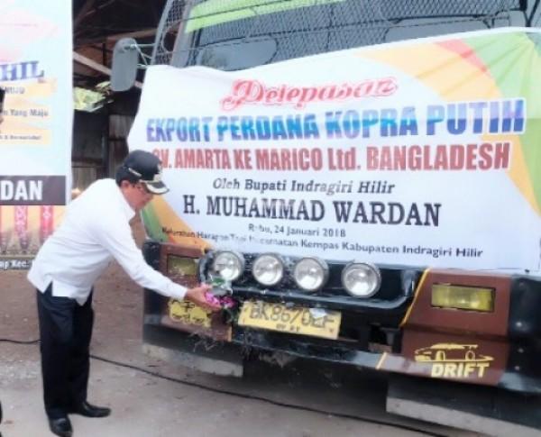 Bupati HM Wardan Bangga, Kelapa Inhil Tembus Pasar Bangladesh