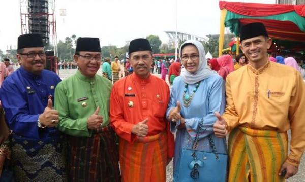 Bupati Inhil HM.Wardan Hadiri Upacara Peringatan HUT Provinsi Riau ke- 61