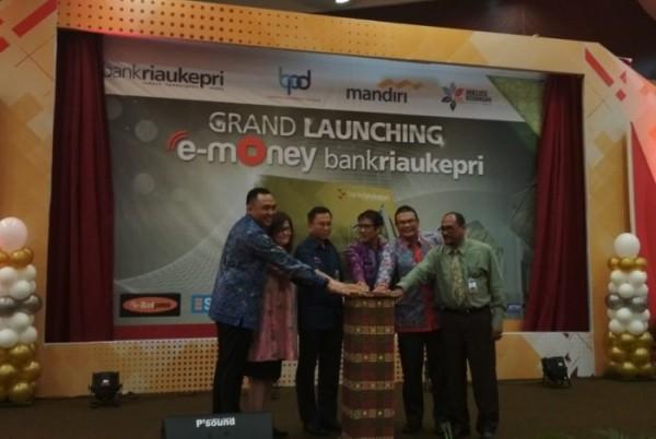 Bank Riau Kepri Luncurkan E-Money