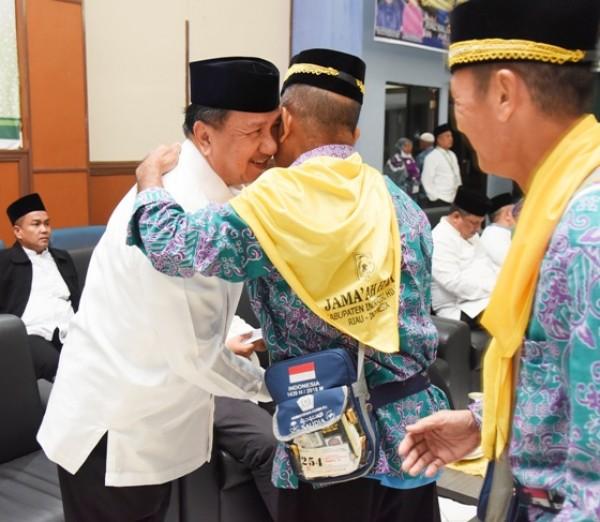 Wabup H. Rosman Malomo Sambut Kedatangan JH Kloter II Inhil