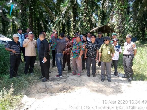 Komisi I DPRD Rohul Bersama Kapolsek Tambusai  Utara Berkunjung Ke Desa Mahato