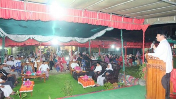 Bersama Gubri, Bupati Inhil Hadiri Haul Syekh Abdul Qadir Jailani di Kecamatan Keritang