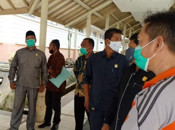 Komisi III DPRD Kuansing Dan Direktur RSUD Kuansing Tinjau Proyek Bangunan IGD Dan Gedung Rawat Inap RSUD Teluk Kuantan