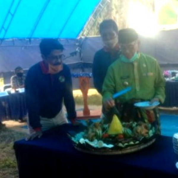 Bupati Kuansing Resmikan Pelaksanaan PSR di Desa Simpang Raya