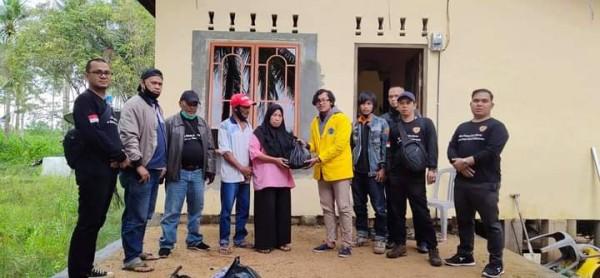 Korban Kebakaran Di Kampung Masiran Galang Tanjung Pinang Terima Bantuan