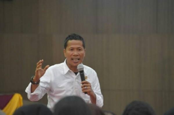 Ketua DPRD Riau Akui Pengembangan Wisata Bahari di Kawasan Pesisir Riau Terganjal Abrasi