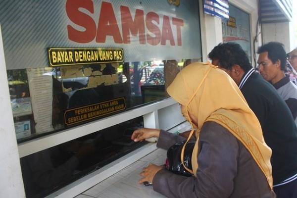 Mulai Hari Ini, Bapenda Riau Berlakukan Pemutihan Denda Pajak Kendaraan