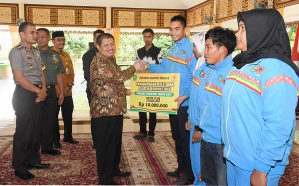 Bupati Amril Mukminin Kembali Ajak Warganya Dukung 7 Atlet Bengkalis untuk Indonesia