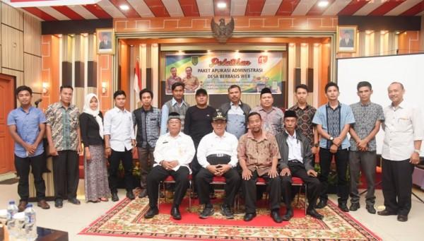Bupati Wardan Menutup Pelatih Aplikasi Administrasi Desa Berbasis Web