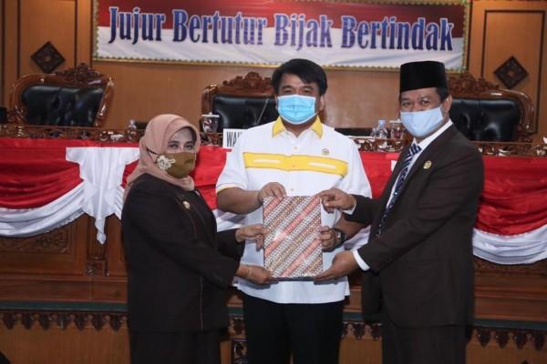 DPRD Tanjungpinang Gelar Rapat Paripurna Penyampaian Nota Pengantar Ranperda Perubahan APBD 2020