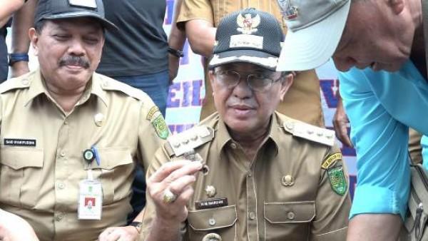 Bupati Inhil Lepas Ekspor Perdana Cincinot Menuju Negeri Jiran, Malaysia