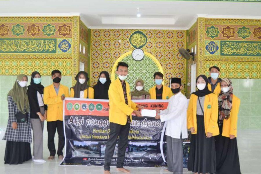 Ormawa FKIP Unilak Bantu Pondok Pesantren Yang Rusak Berat Akibat Semburan Lumpur di Pekanbaru