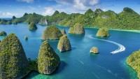 8 Famous Tourist Attractions in Indonesia which are Famous to Abroad