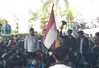 Tolak RUU, Mahasiswa Demo di Kantor DPRD Kepulauan Riau