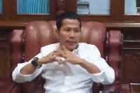 Ketua DPRD Riau, H.Indra Gunawan Eet Dinobatkan sebagai Warga Kehormatan Kesultanan Siak