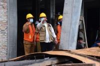 Pj. Bupati Tinjau Progres Pembangunan SMP Pintar Pinggir