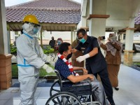 Bupati Kuantan Singingi Apresiasi Kinerga Gugus Tugas dan Jajaran  RSUD Teluk Kuantan