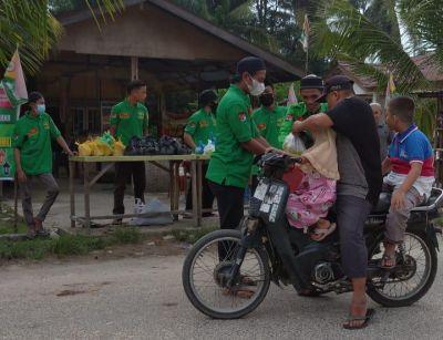 DPD RMB LHMR Rantau Bais berbagi Takjil
