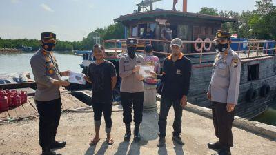 Polsek KKP Kembali Bagikan Masker Dan Tanpa Bosan Memberikan Himbauan