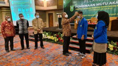 UIR Semangati Penerima Bidikmisi Bhakti Negeri Pemprov Riau untuk Ukir Prestasi